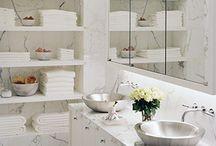Dream Bathroom / by Michelle (Laverdiere) Baysan