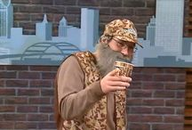 Get the Look: Duck Dynasty / Make sure you're sharp-dressed this Halloween as you show your love for Duck Dynasty with BuyCostumes.com!