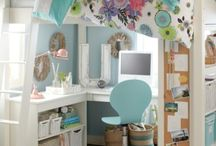 Dorm Rooms / Style inspiration for dorm rooms.