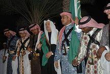 Arabian cultural clothing / CULTURAL CLOTHING