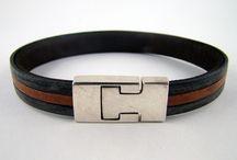 Bracelets de cuir plat, édition limitée