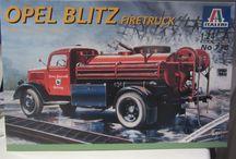 Modelbouwgroep BARON Opel Blitz   Radiowagen 1939 1 op 24 / modelbouw