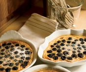 Good Eating - Berries / by Dishin & Dishes