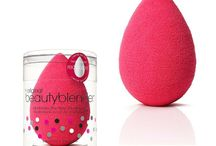 Beautyblender / Beautyblender is a non-disposable sponge applicator that allows you to flawlessly apply your makeup.