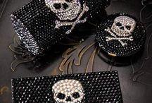 Skulls and pirates