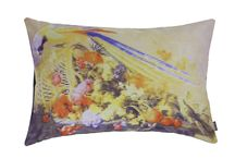 Still (A)live Parrot pillow / Pillow by NL31 inspired by Dutch 17th century still live paintings.