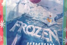 Frozen Theme / Let your kid enjoy her birthday with Elsa or Olaf in this Frozen world we create for her!