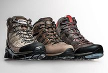 Best HIKING BOOTS. FIND OUT WHY YOU NEED A PAIR OF GOOD HIKING BOOTS, WHAT TO CONSIDER WHEN CHOOSING BOOTS AVAILABLE FOR YOUR NEEDS.