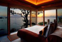 Camera con Vista / Le camere d' hotel con la migliore vista mozzafiato! Best Panoramic bedroom windows #hotel #revenue #room #camera #albergo #roomview