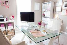 40 Home office (escritório em casa) dos sonhos para elas!