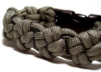 Paracord Projects! / Projects found across the web that are unique & exciting.