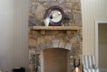 Craftsman Fireplace Ideas / Ideas for building a stacked stone fireplace