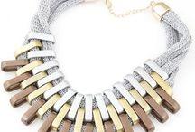 Bižutéria - náhrdelníky