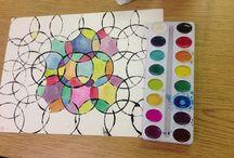 Papirkunst / Dypp einkopp e.l. I måling og trykk på papir. Mål inni feltene med ulike fargar.