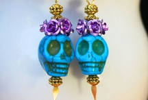 Jewelry Dark / Skulls, black flowers, zombies / by Lynn Epton-Siler