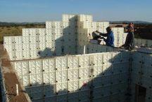 Cast in-situ construction method