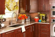 Home Ideas: Kitchen / by Nicole Lawton Varuola