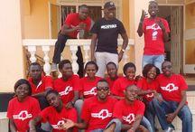 dance4life tourteams  / In 24 landen gaan lokale dance4life tourteams langs scholen, om jongeren met behulp van muziek en dans voorlichting te geven over seks, hiv en aids.
