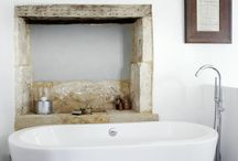 Natural & Rustic Bathrooms