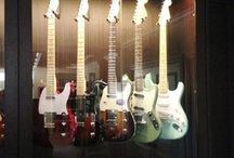 Guitar room / Mobili per chitarre
