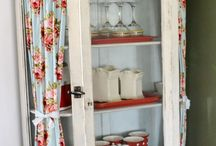 upcycle glass cabinet