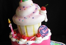 Cakes / by Kristi Cherry