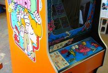 Donkey Kong Junior arcade game / vintage arcade game by Nintendo: Donkey Kong Junior