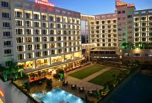 Hotels in Nashik | Luxury Hotels in Nashik | Business Luxury Hotel - Express Inn / Hotels in Nashik deliver an enriching experience for the best in class business travellers. Our business luxury hotel in Nashik is located in proximity with major industrial hub providing convenient travelling.