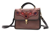 PARKWOLF Bags / PARKWOLF bags: fine leather bags with playful details. Handmade and one of a kind.