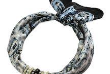 Bijoux Me - šátky s ozdobou / Šátky - náhrdelníky jsou ručně vyrobené v naší dílně.