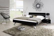 Schlafzimmer / Entdecke unsere große Auswahl an Einrichtungen fürs Schlafzimmer und finde deinen wohlverdienten Schlaf in einem unserer tollen Betten. Möbel Mit - www.moebelmit.de