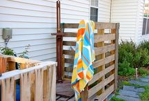 Pallet Shower / Pallet shower and diy Pallet outdoor shower design ideas.