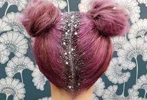 GLITTER HAIR / Decoramos la raíz de tu pelo con brillo y purpurina, el resultado es espectacular, brillarás más que la mismísima Campanilla ;)