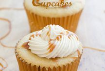 Cupcakes / by Holly Turner