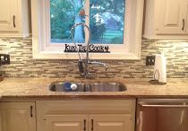 Kitchen / Like this backsplash  / by Lisa Brown