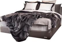 Møbler til soverommet / Vi tilbringer mye av livet på soverommet. Få søvnen du fortjener med riktig seng for deg!