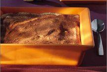 Emile Henry / EMILE HENRY fabrica recipientes de cerámica desde 1850 en Francia. El diseño es sobrio, la calidad excepcional, la fabricación a mano. Fuentes de horno que pasan del congelador al horno sin problemas, esmaltados que no se rayan, moldes que resisten el trabajo diario. Es la vuelta a la cocina más tradicional, a fuego lento, con sabores únicos, como los de antes.