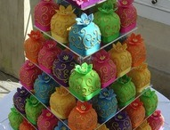 cakes / by Georgia K
