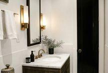 Classic Black & White Bathrooms / Bathroom ideas using black and white.