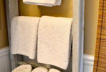 Bathroom Storage and Organization Ideas / Organizing your bathroom has never been easier...or prettier!