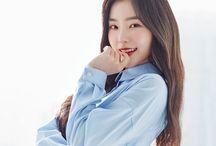 "Red Velvet (레드 벨벳) / Red Velvet(Hangul: 레드벨벳) is a South Koreangirl groupformed byS.M. Entertainment. The group debuted on August 1, 2014, with their digital single ""Happiness"".  Member: Yeri (Kim Yerim) Joy (Park Soo Young) Wendy (Son Seung Wan) Seulgi (Kang Seulgi) Irene (Bae Joo Hyun)"