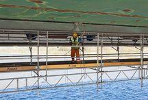 Remont mostu gen. Stefana Grota-Roweckiego w Warszawie / Nasza firma dostarczyła do wykonania remontu mostu podwieszone rusztowanie zewnętrzne oraz platformy robocze podwieszane do konstrukcji mostu od spodu przęseł, wykonane z elementów systemów BRIO i MK.
