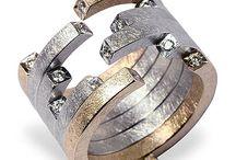 Flamboyant jewellery