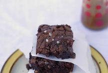 Cooking: Brownies / by Lauren Guy Summersett