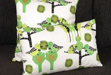 Cushions / Smadi Designs all the fabrics herself and oversees the entire production process - from the very first sketches to the final printed fabrics.