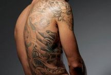 Hot guys with tats