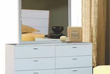 Cômodas - Nature Preserve / Nossos cômoda são produzidas apenas com madeira maciça reflorestada. Todas acompanham porta-joias.