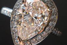 Pear Diamond Rings