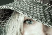 Photography by DezigningEye Studios / DezigningEye Studios Photography