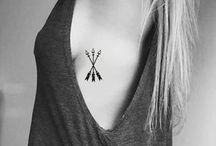 Piercings e tattoos